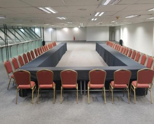 Montagem em Reunião em U